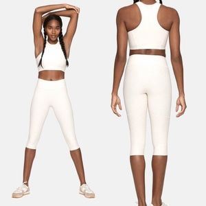 Outdoor Voices Kneecap Warmup Legging in Oatmeal